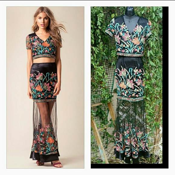 3f13634209 😃10 min sale Gorgeous Kira Embroidered Maxi Skirt